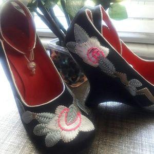 Fredricks of Hollywood Vintage Shoes